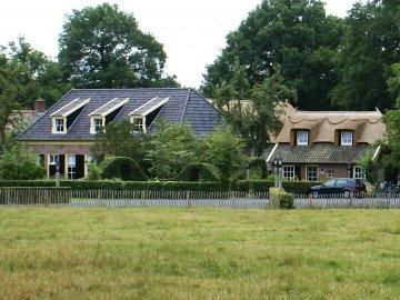 20130506 hoestinkhof