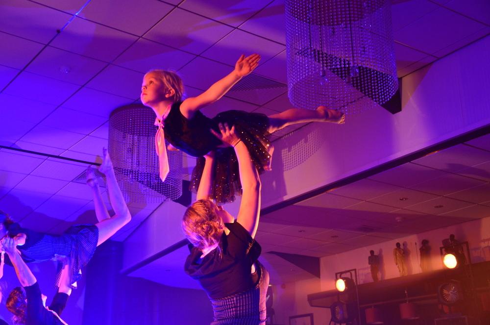 Maarkelsnieuws-Dinnershow-Dansschool-Emotions-20150613mmhn (4)