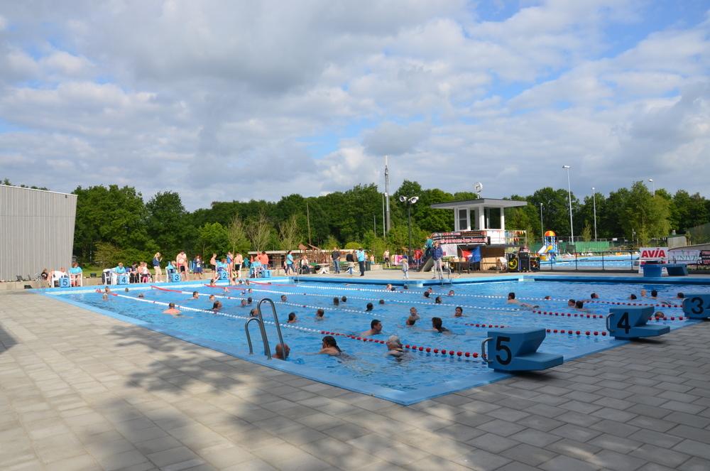 Zwembad langer open - Zwembad toren ...