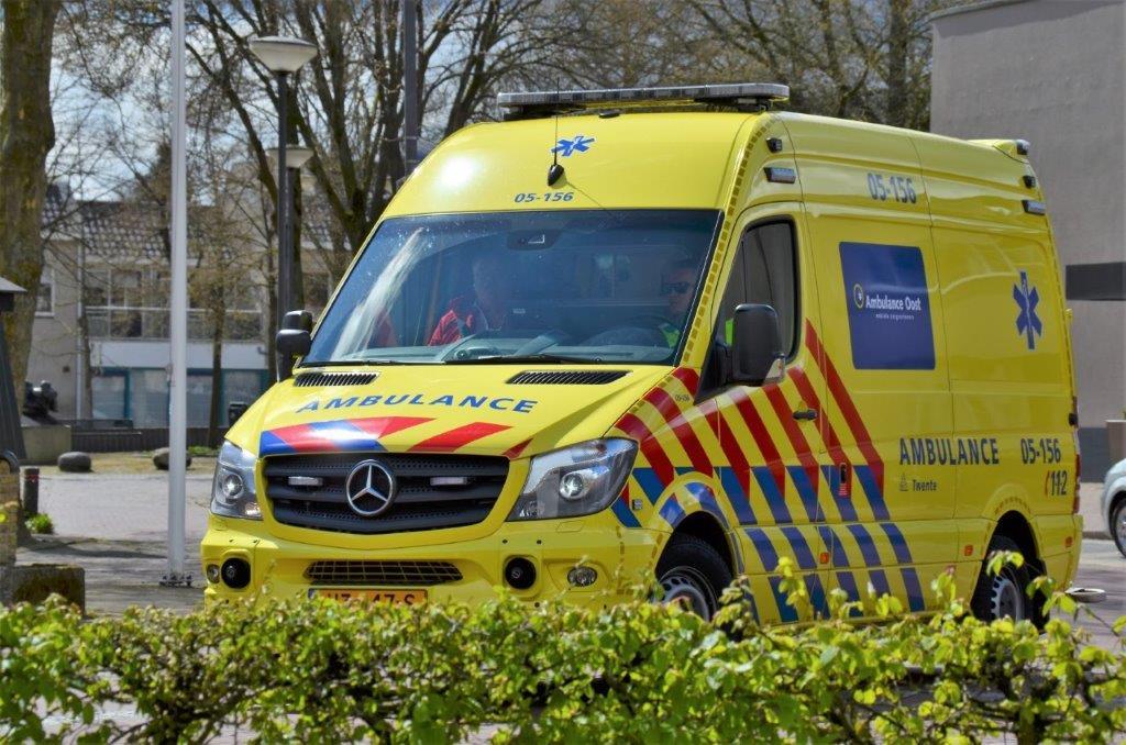 ambulance - 2016 (2)